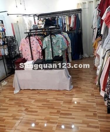 Cần sang Shop thời trang có lượng khách ổn định khu Bắc Hải Q. Tân Bình