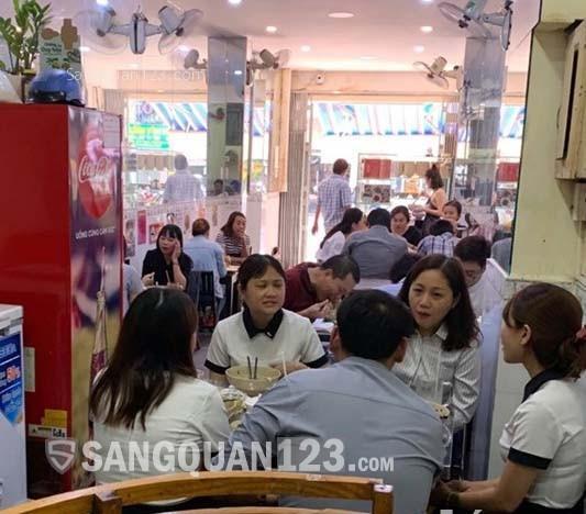 Cần sang gấp quán ăn MT 180A Trần Bình Trọng, Quận 5