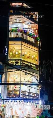 Cần nhượng lại quán cafe thiết kế đẹp đường Phạm Văn Hai