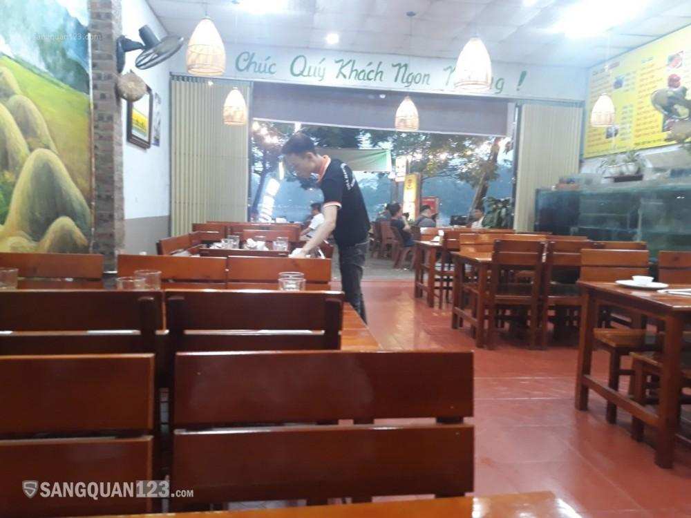 Sang nhượng nhà hàng - 144m2- Đối diện Hồ Ba Mẫu- Vị trí siêu VIP