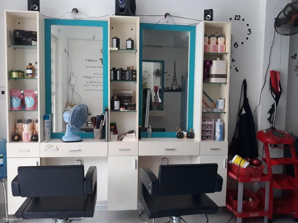 Cần sang nhượng tiệm tóc nail quận 2. Mặt bằng rộng rãi