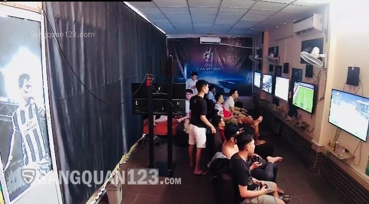 Sang quán PS4 đang hoạt động tốt khu dân cư, sinh viên đông đúc