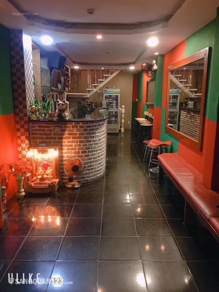 Sang quán bar karaoke Nhật mặt tiền 31B Lê thánh tôn q1