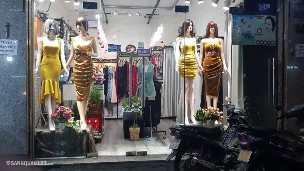 Sang shop thời trang nữ đi tiệc cao cấp 180 triệu kinh doanh ngay
