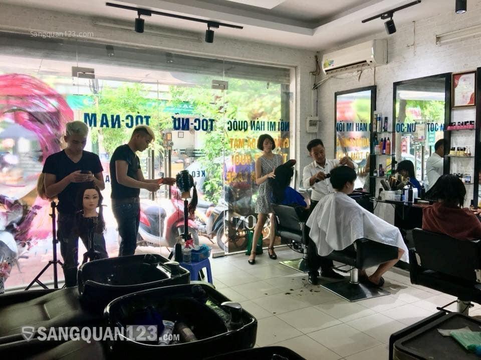 Nhượng salon tóc mặt phố duy tân đang kinh doanh tốt