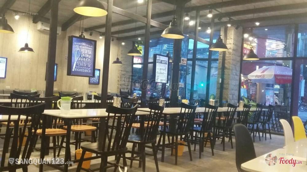 Sang nhượng gấp nhà hàng vị trí cực đẹp trung tâm Đà Nẵng