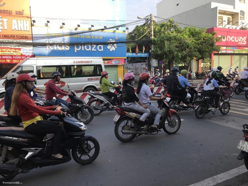 Sang quán Cơm + 8 phòng trọ 315 Huỳnh Tấn Phát, Tân Thuận Đông, Q7