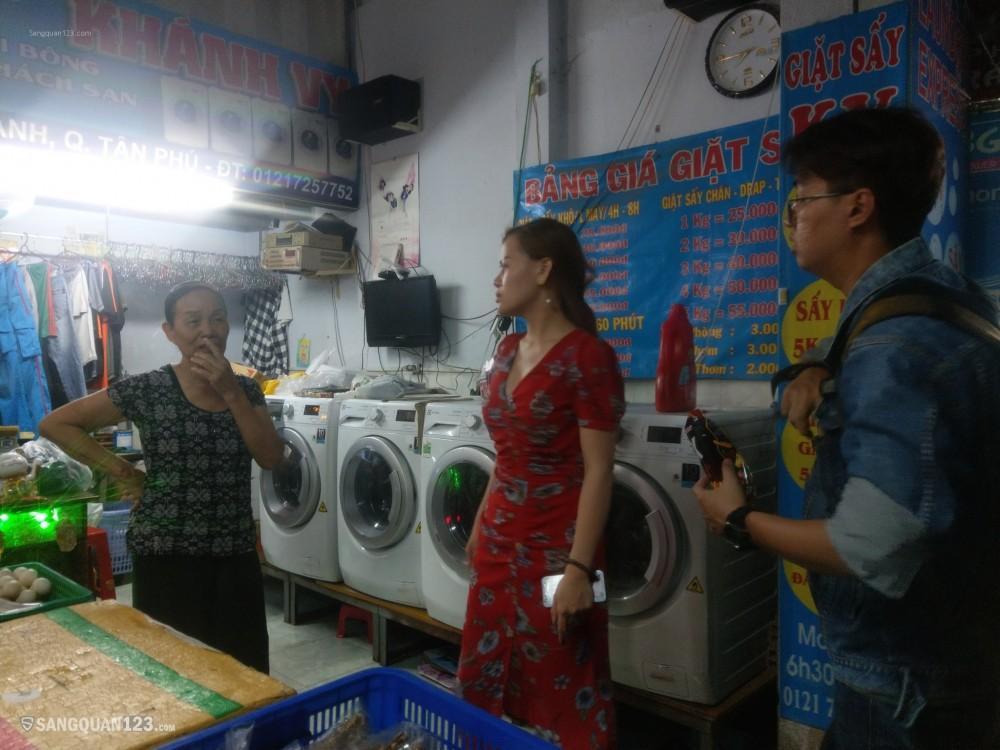 Sang nhượng gấp cửa hiệu tạp hóa & giặt ủi - Dt:30m2 - Thu nhập 20-25tr/tháng