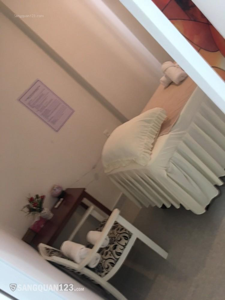 Cần Sang gấp tiệm massage Huyền Diệu, Quận 7. Do bận việc gia đình nên sang lại