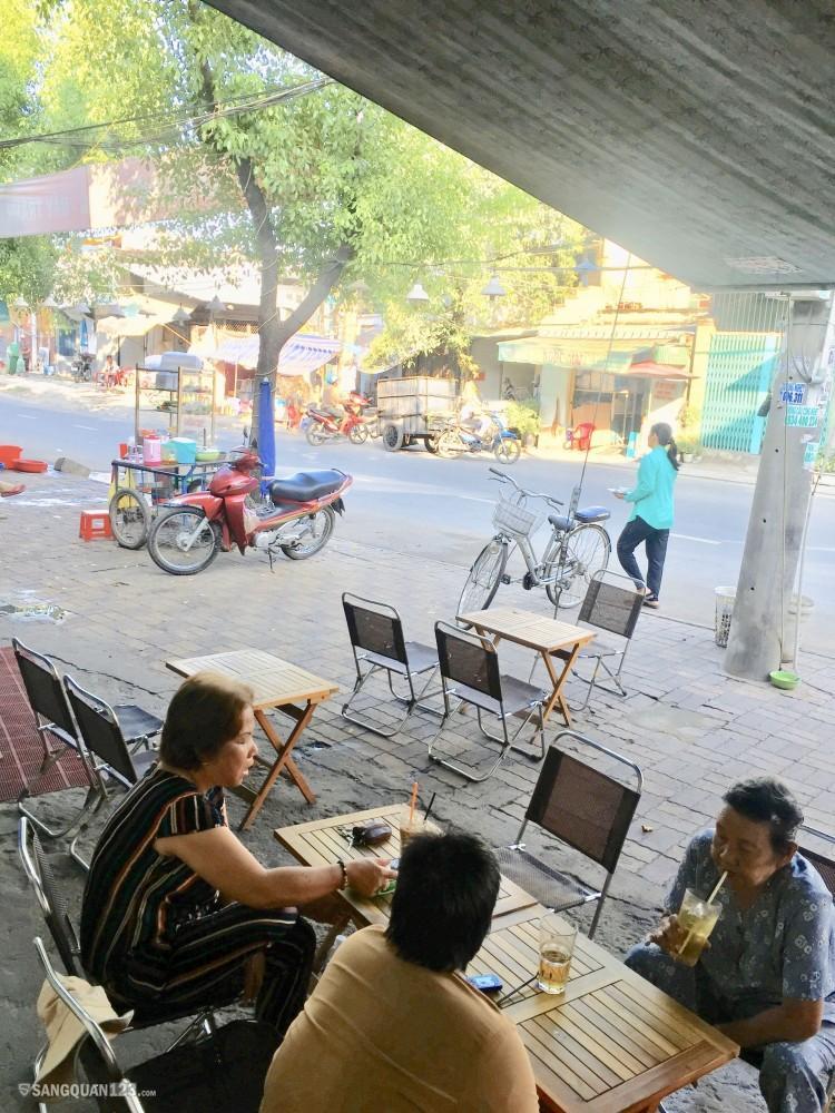 Cần sang quán cà phê quận 8 vào là bán được ngay không cần mua sắm thêm