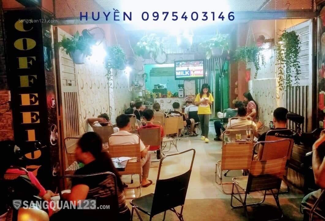 Sang quán cà phê và bán đồ ăn mặt tiền đường hòa hưng
