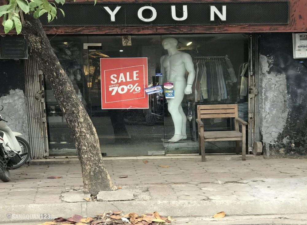 Cần sang nhượng cửa hàng quần áo Nam. Mặt đường vỉa hè rộng