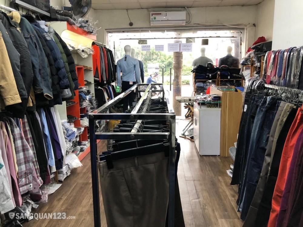 Sang Nhượng Cửa Hàng thời trang nam 3 tầng riêng biệt tại mặt đường Láng