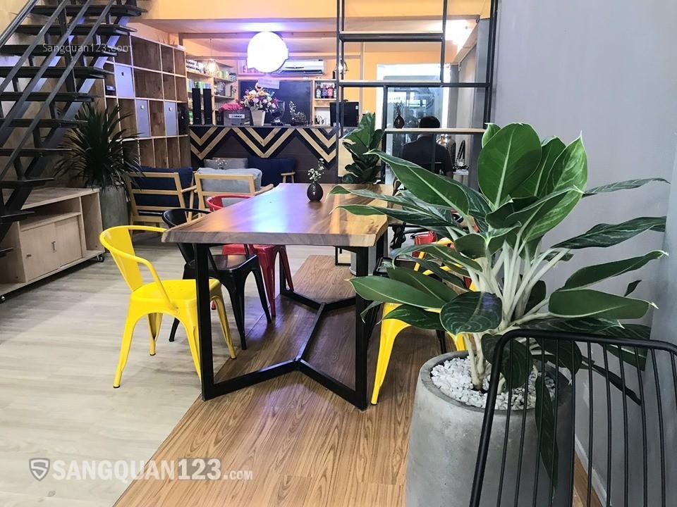 Cần sang lại quán Cafe mặt tiền đường Nguyễn Trường Tộ, Quận 4.
