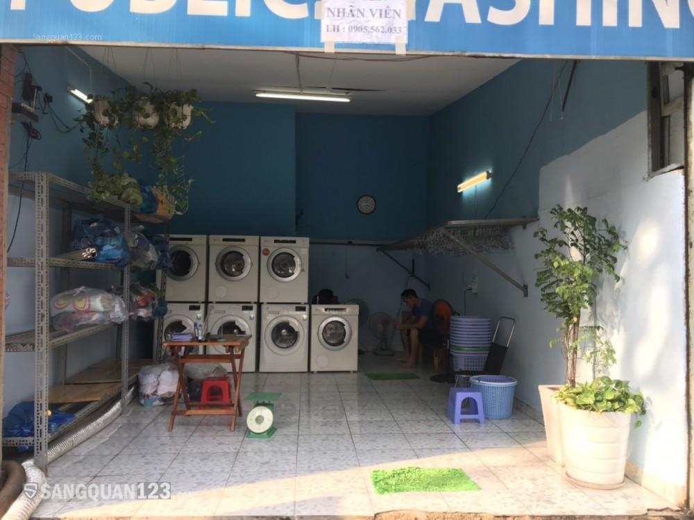 Sang nhượng/Cho thuê tiệm giặt sấy mặt tiền Ung Văn Khiêm, Bình Thạnh