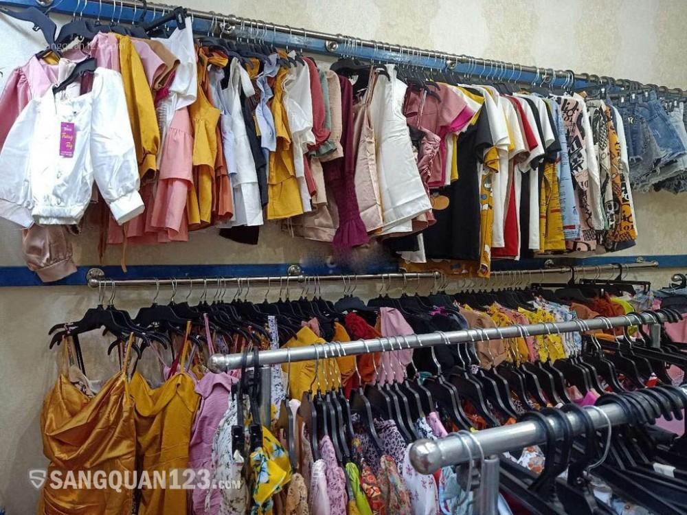 Sang shop thời trang mặt tiền đường Đỗ Xuân Hợp, Q9