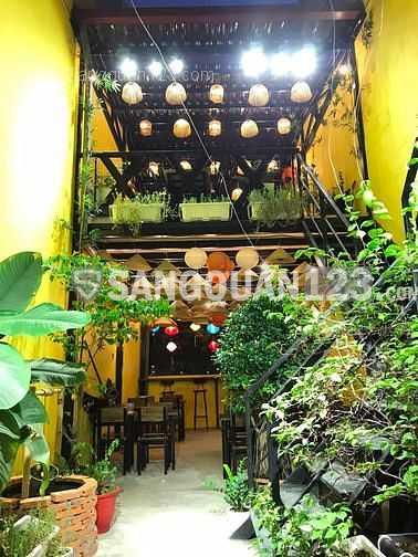 Sang quán ăn mặt tiền đường D2, quận Bình Thạnh