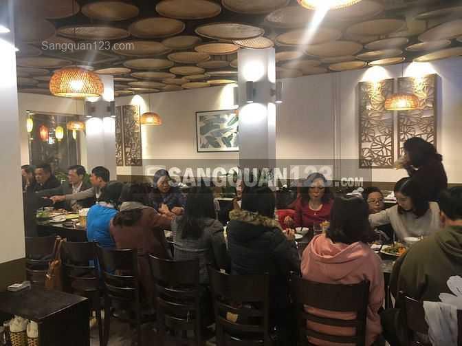 Cần nhượng nhà hàng tại 70 Nguyên Hồng, Đống Đa, HN
