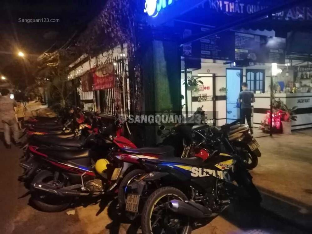Sang quán cafe gần trường ĐH Tài Chính Marketing