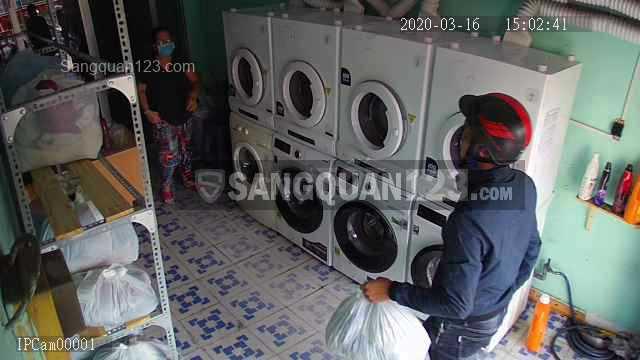Cần sang tiệm giặt ủi giá rẻ tại Q7