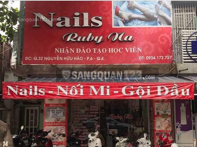 Cần sang tiệm nail & spa full từ A đến Z