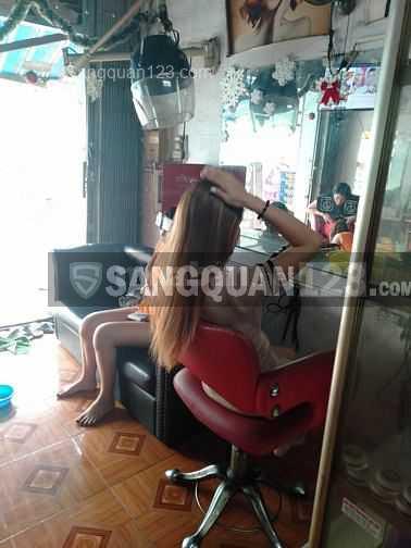 Sang lại tiệm tóc Nữ mặt tiền đường Lê Đức Thọ