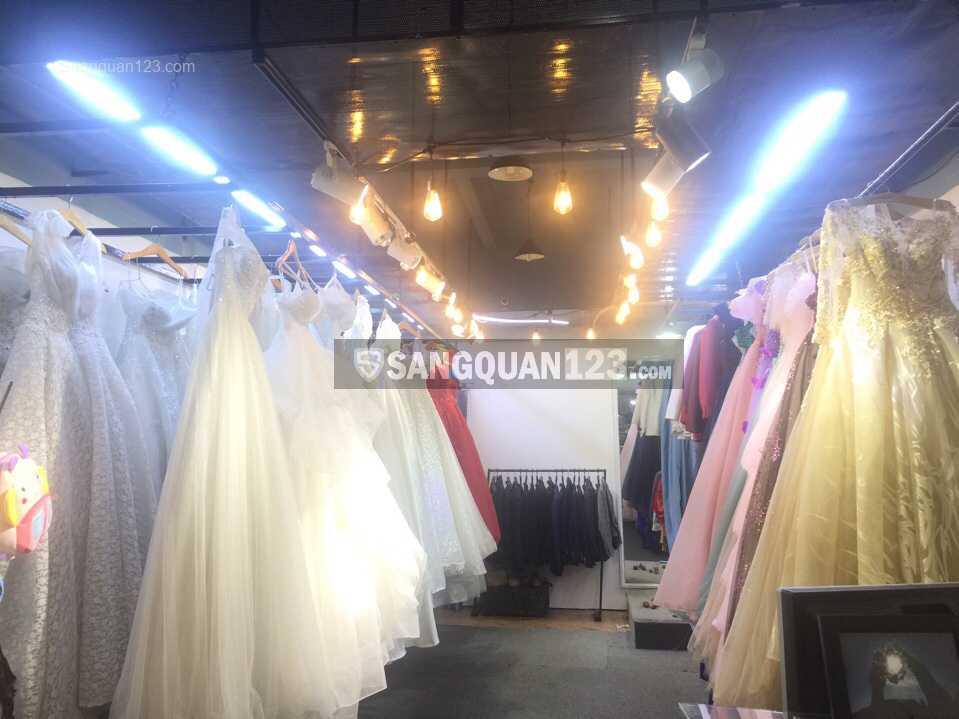 Sang nhượng cửa hàng áo cưới giá rẻ Quận 12