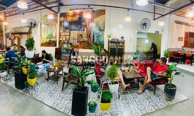 Sang nhượng nhà hàng mặt tiền Huỳnh Tấn Phát, Quận 7