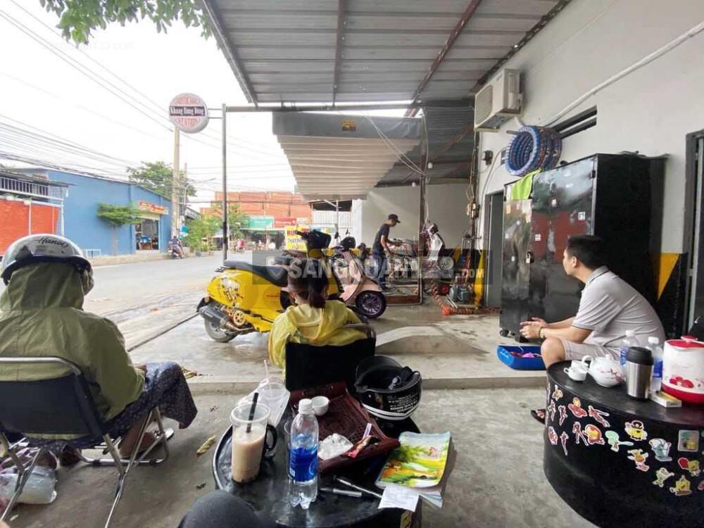 Sang nhanh tiệm rửa, sửa và chăm sóc ô tô, xe máy