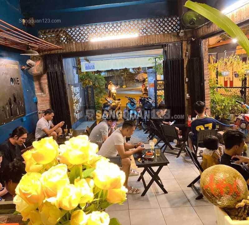 Sang nhượng quán cafe dễ thương, đẹp đang kinh doanh lượng khách ổn định