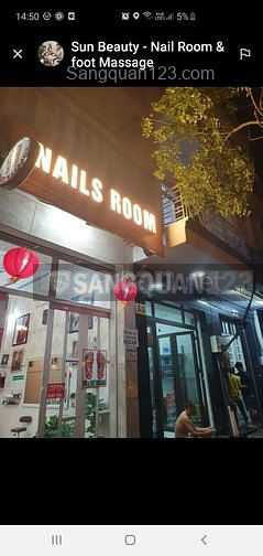 Sang tiệm nail Foot Massage cao cấp tại Quận 4