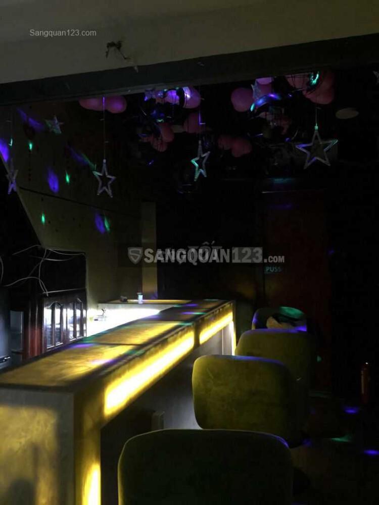 Sang nhượng quán bar phong cách Nhật