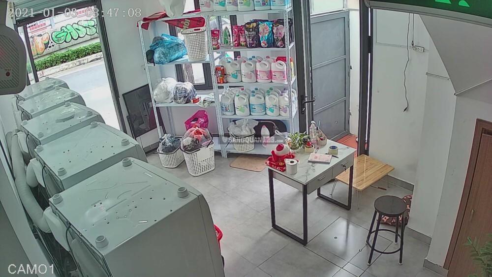 Sang tiệm giặt ủi địa chỉ 140b Ngô Tất Tố, Bình Thạnh