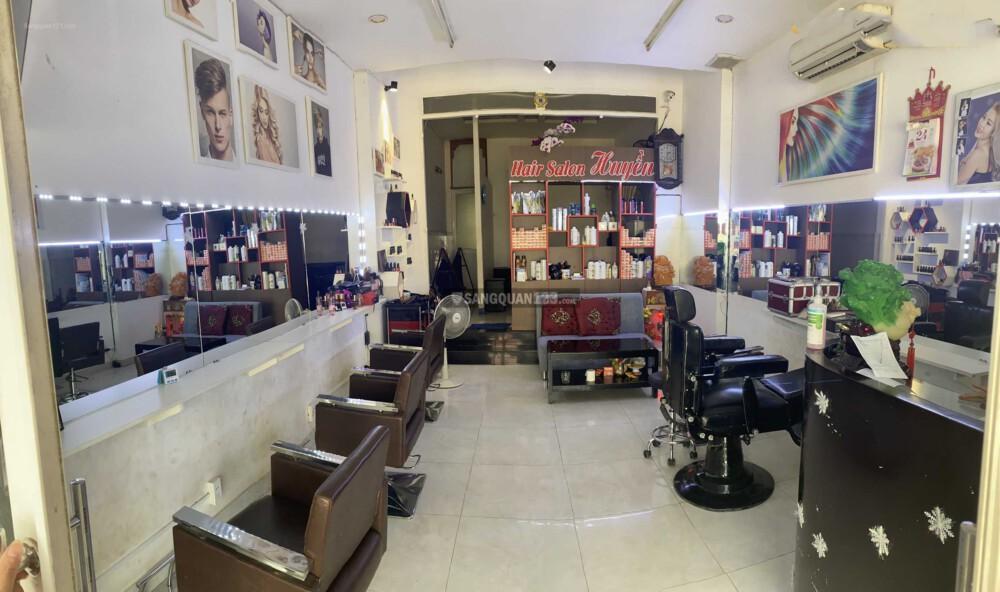Cần sang lại salon tóc vị trí đẹp tại Huyện Bình Chánh